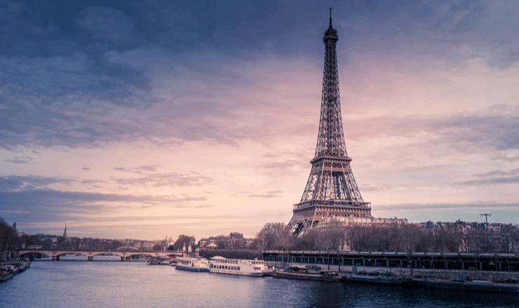 藤田嗣治が活躍したパリの風景