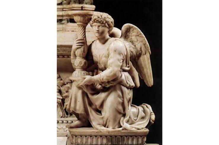 ろうそくを抱く天使